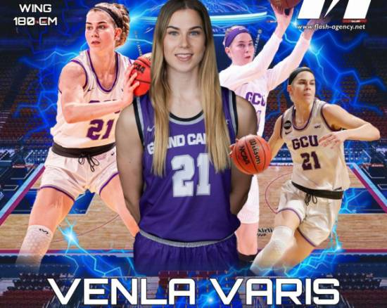 Venla Varis has signed with Flash Agency